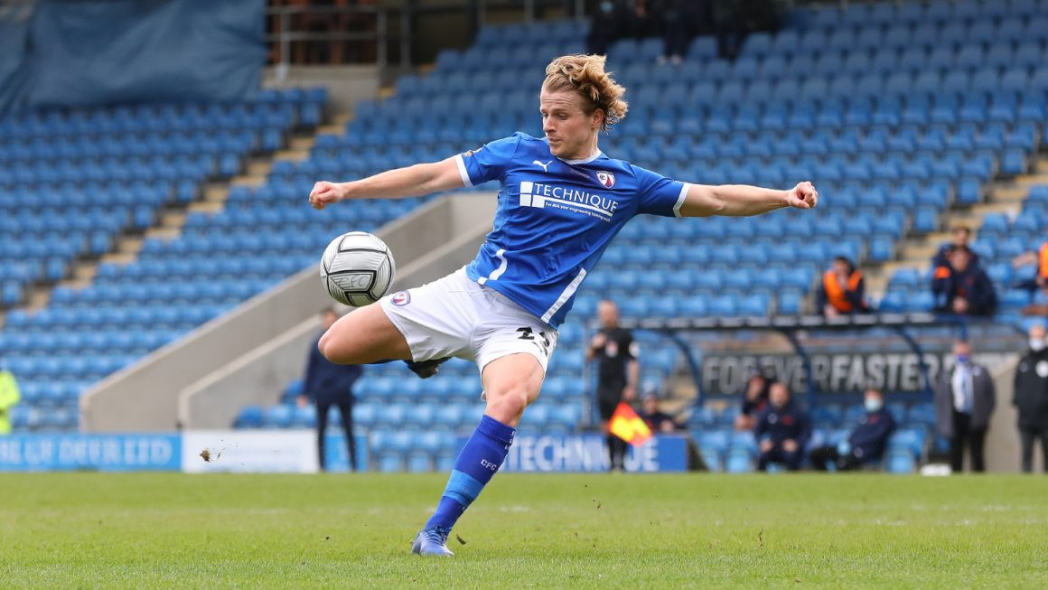 Whelan hits winner against former club