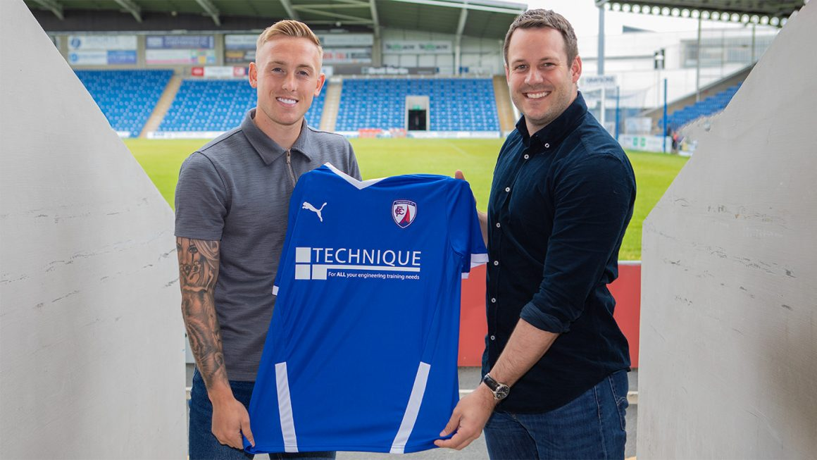 Winger Miller agrees contract