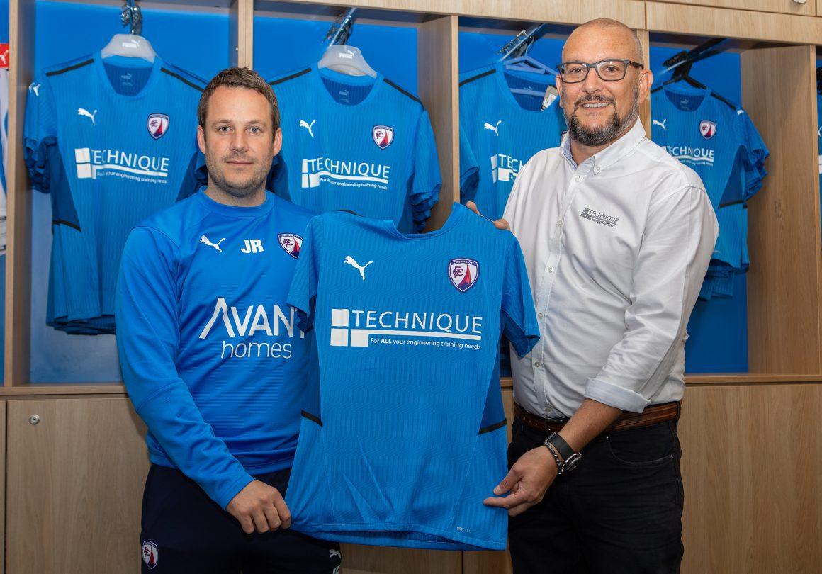 Main sponsor admires new kit